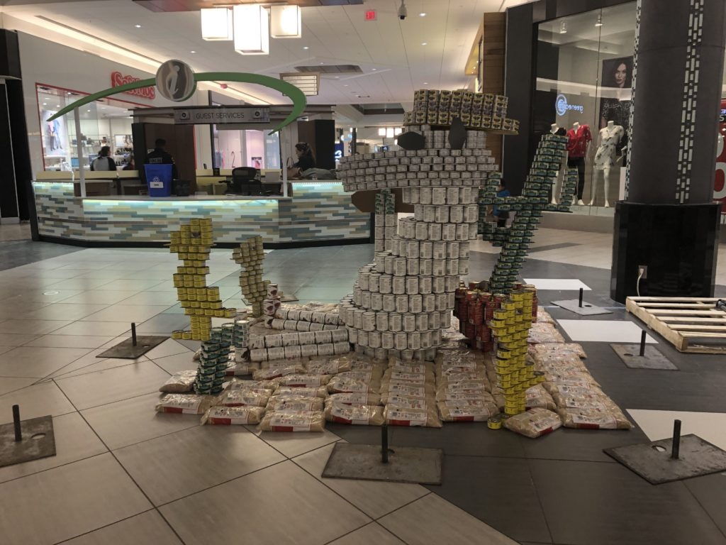 Structure made of cans of Snoopy